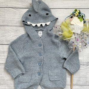 🦈 GAP 🦈 Baby Shark Sweater